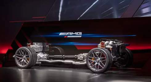 Mercedes-AMG раскрыл подробности о 800-сильном гибриде E Performance