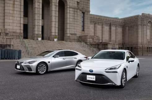 Toyota Mirai и Lexus LS получили продвинутый «автопилот»