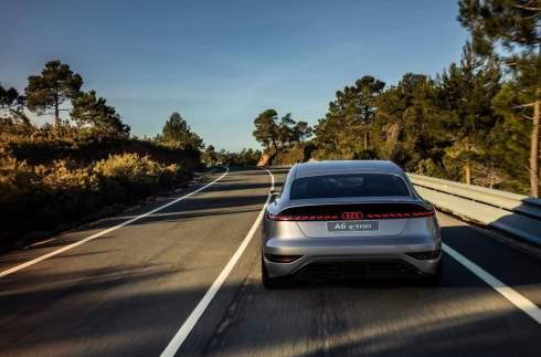 Audi показала, каким будет A6 следующего поколения