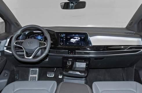 299 л.с. и три ряда сидений: представлен самый большой кроссовер Volkswagen