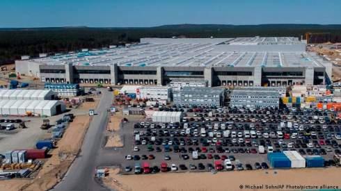 Илон Маск: Завод Tesla в Германии заработает в 2021 году