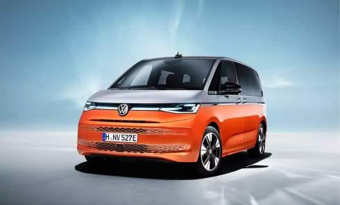 Салон-трансформер и подзаряжаемый гибрид: Volkswagen представил Multivan T7
