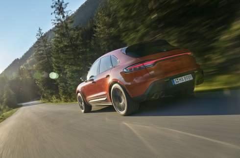 Porsche Macan обновился и стал мощнее