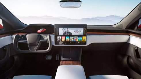 Илон Маск подтвердил, что обычный руль не вернётся в Tesla